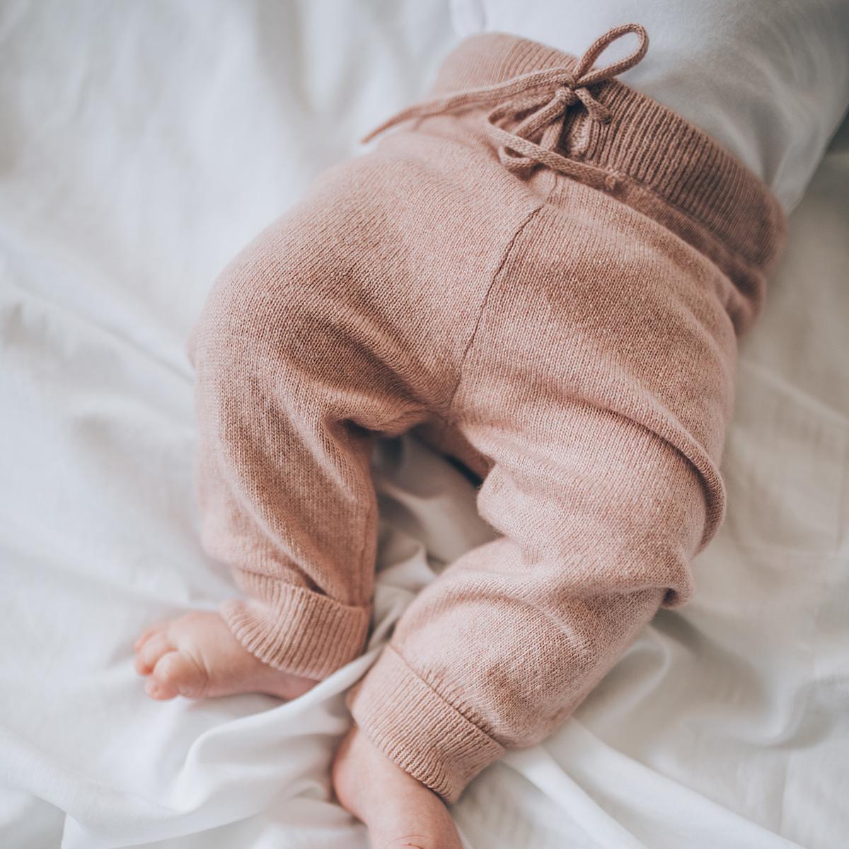 Pantalon bébé rose poudre en laine