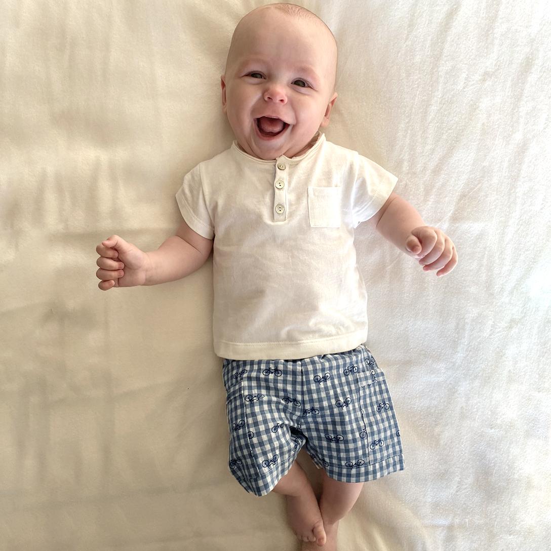Short bébé Tomy vélos vichy bleu