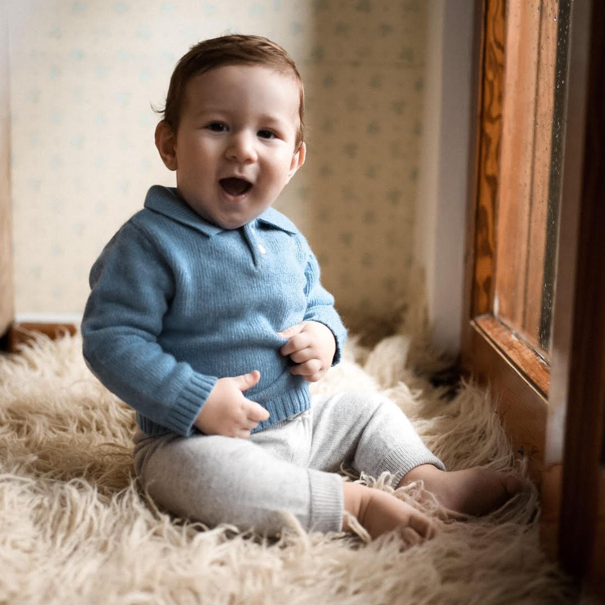 Pull bébé col polo bleu pastel