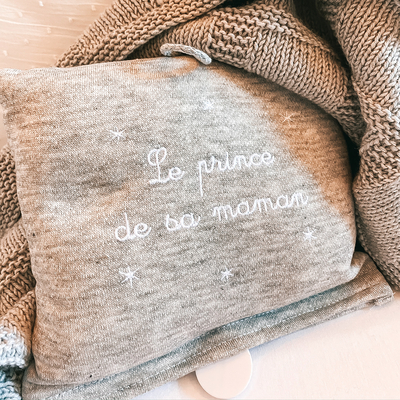 """Boite à musique grise """"Le prince de sa maman"""""""