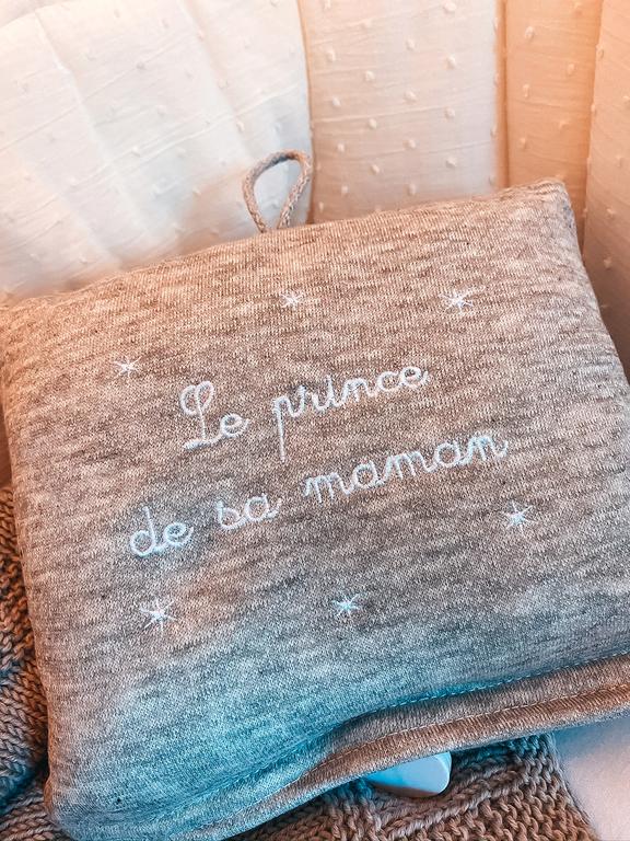 boite-a-musique-grise-le-prince-de-sa-maman-site