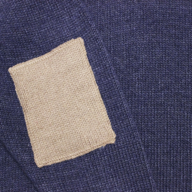 pull col v nuit - contrasté taupe - zoom