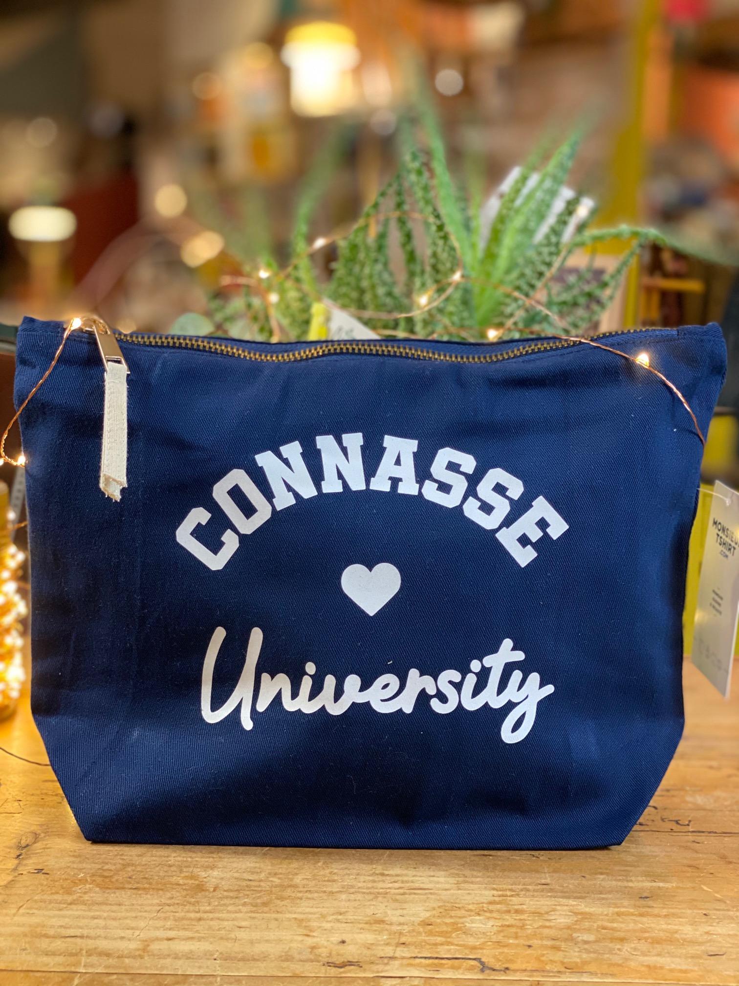 Trousse Connasse University