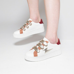 xbaskets-eclair-blanches-a-scratchs-or.jpg.pagespeed.ic.IKP3sYmsvi