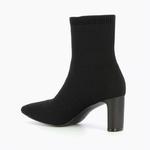 bottines-chaussettes-en-maille-noire-2