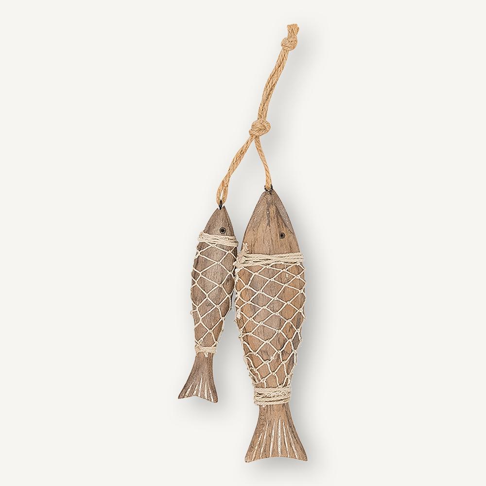 2 poissons en bois et filet de pêche