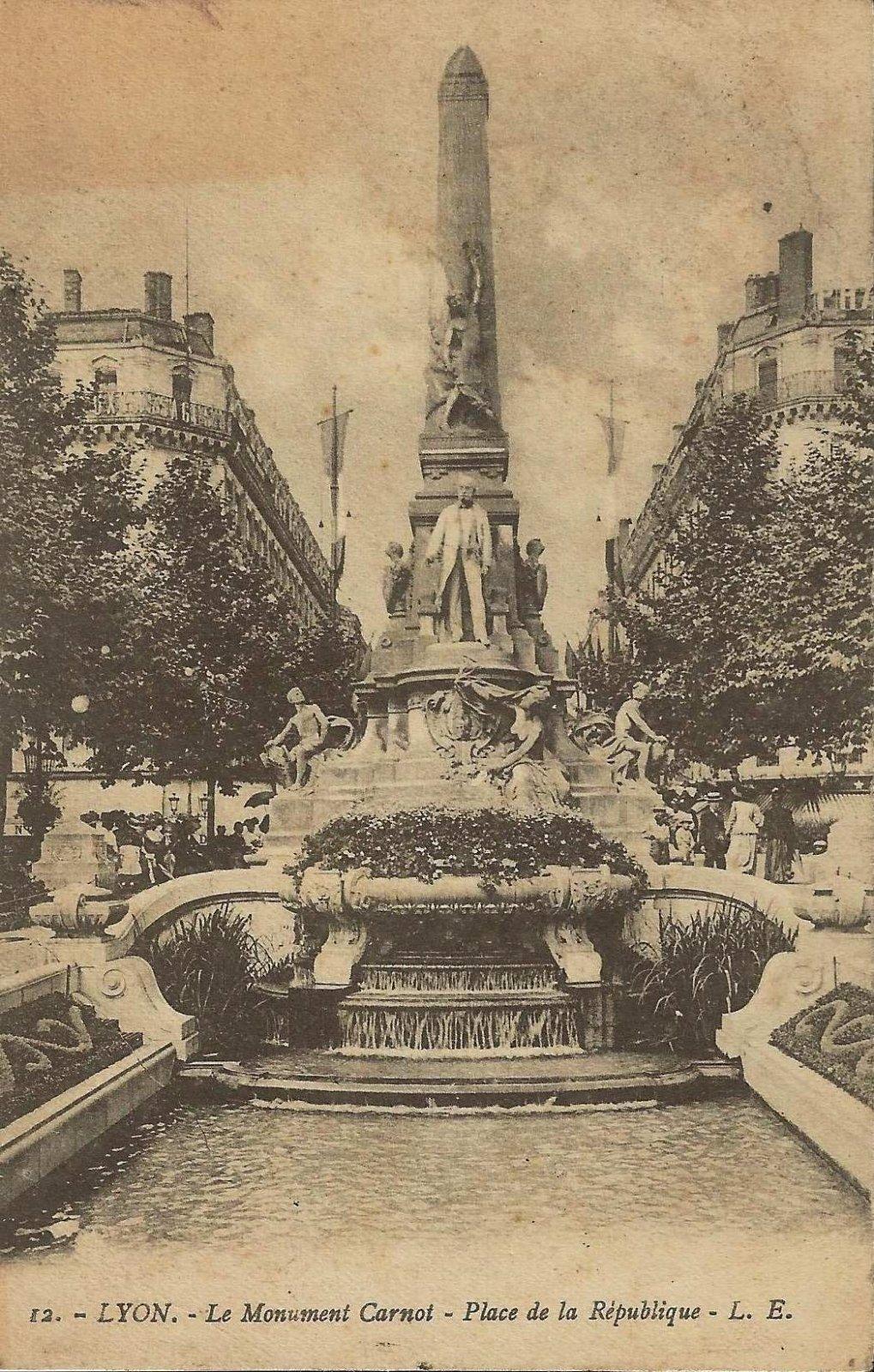 lyon monument carnot 1912