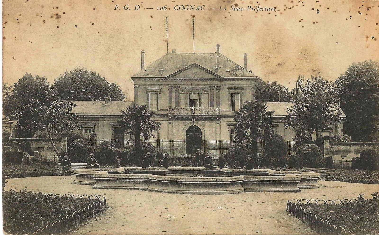 cognac la sous prefecture 1915