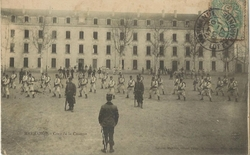 marmande cour de la caserne 1907