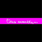 tous_ensemble_rose