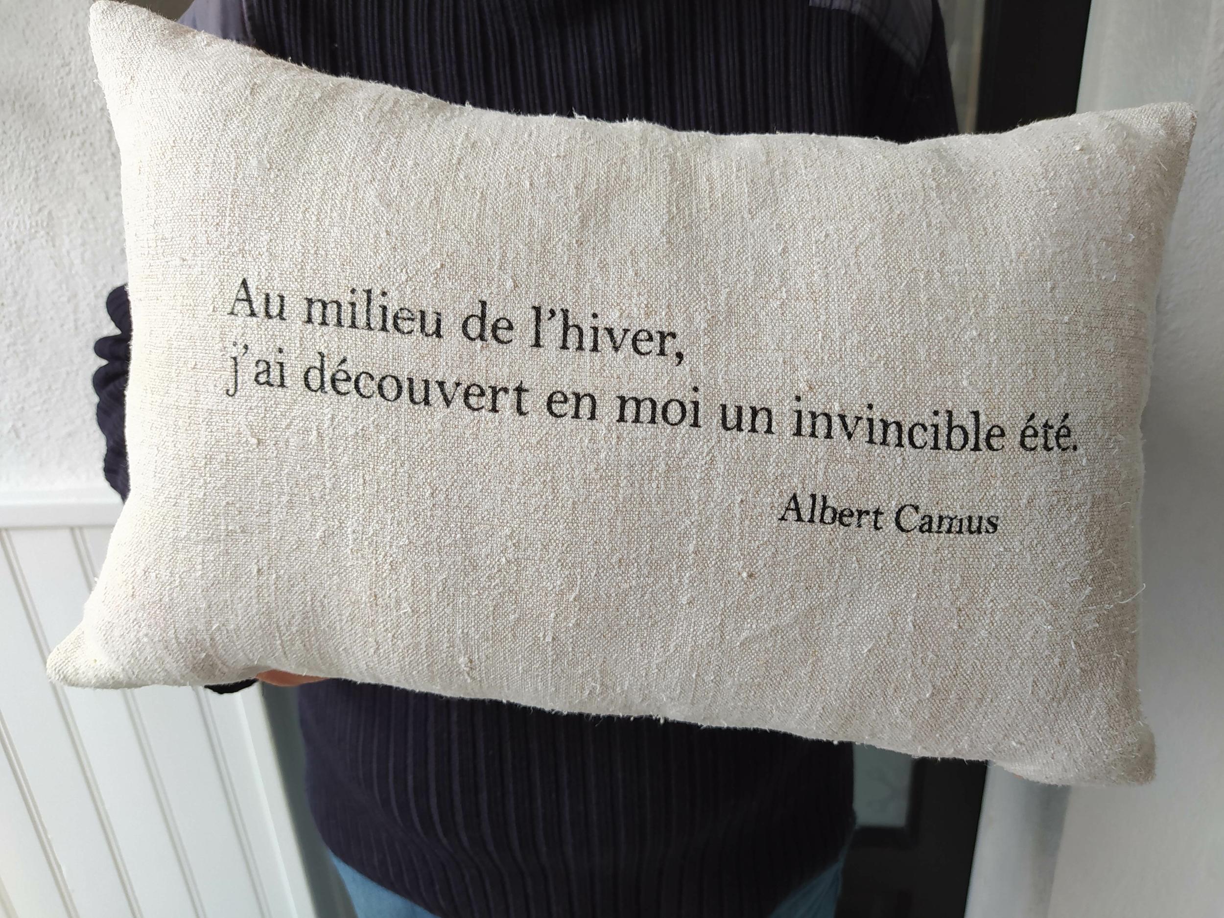 Coussin Invincible été Camus