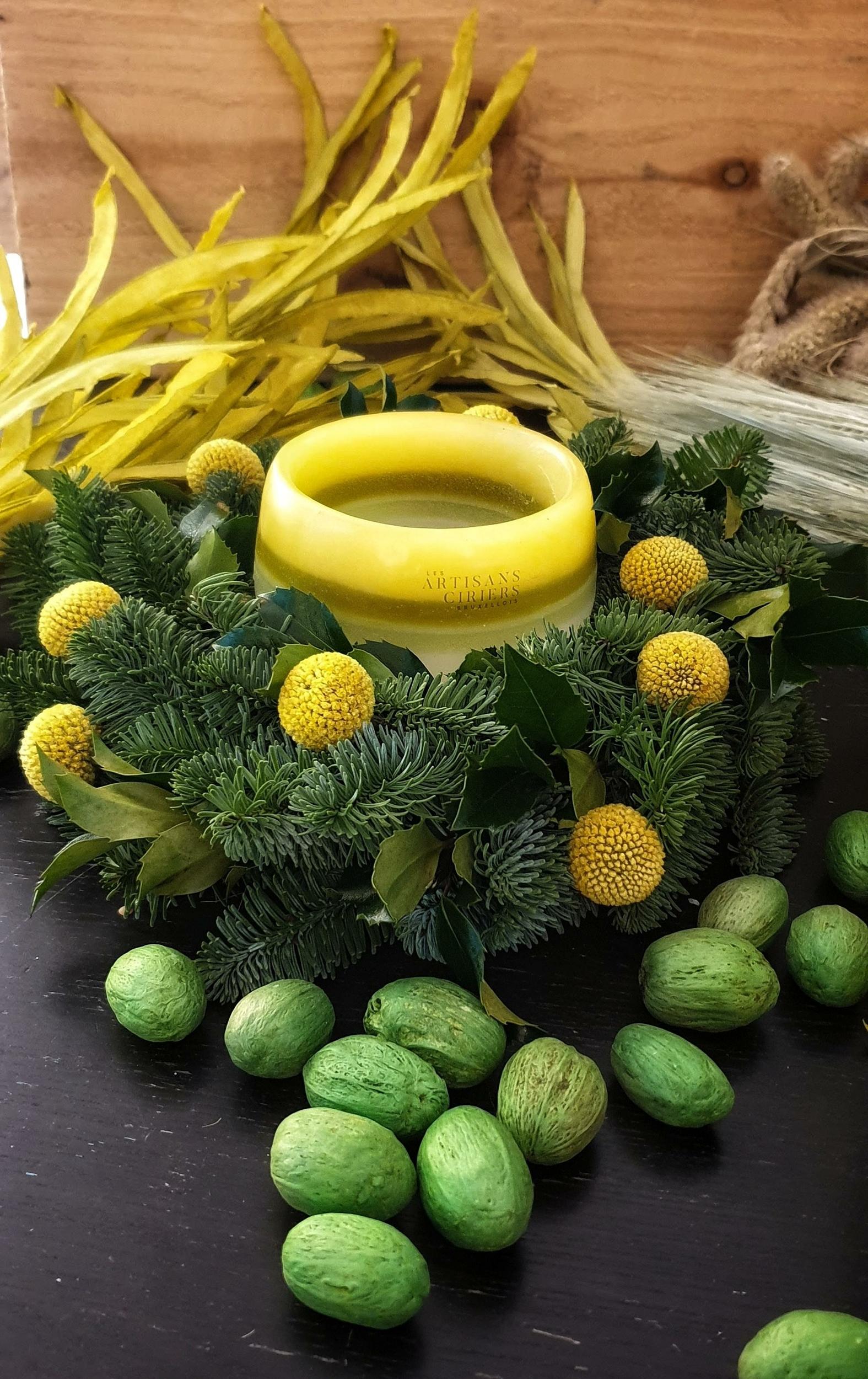 les-artisans-ciriers-bruxellois-Bougie Photophore Couronne Vegetale Yellow Croky
