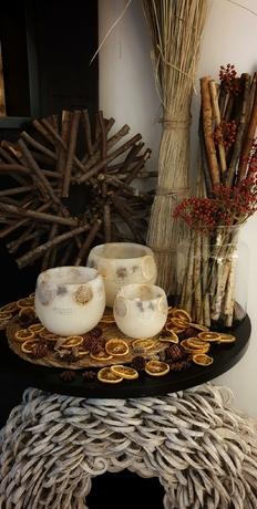 les-artisans-ciriers-bruxellois-bougie-photophore-orange-etoilee