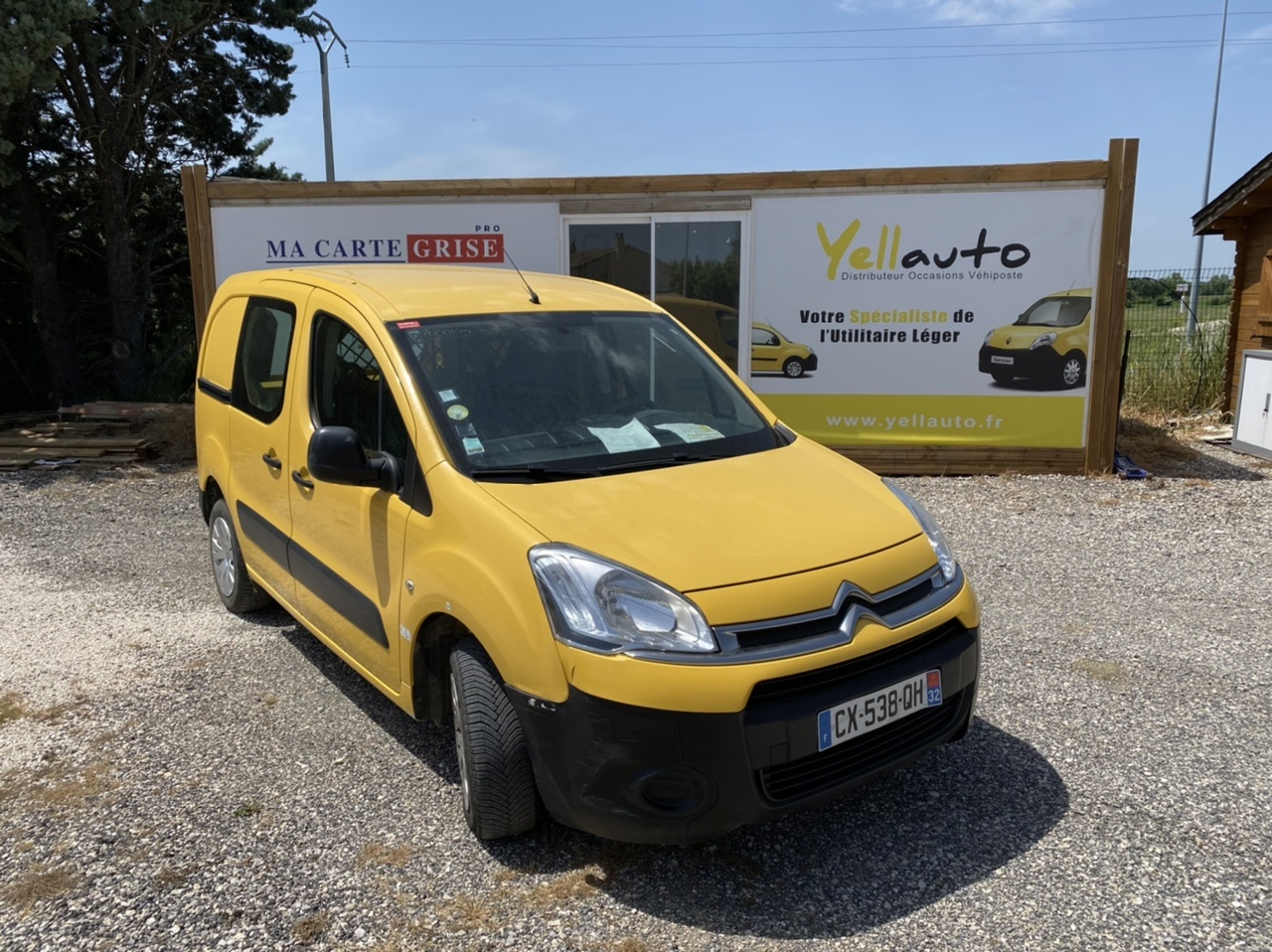 CITROËN BERLINGO 1.6 HDI 75 confort 3 places de 2013 avec 127900 km