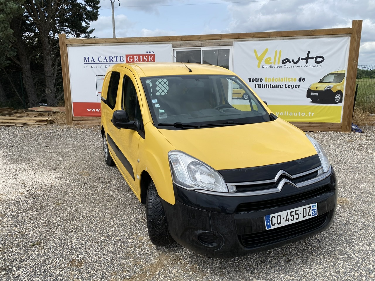 CITROËN BERLINGO 1.6 HDI 75 confort 3 places de 2013 avec 114090 km