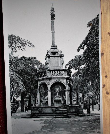 Carte postale ancienne : Liège, le Perron