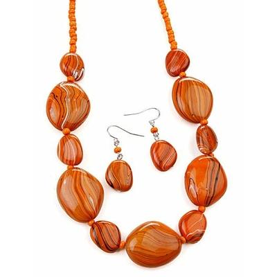 Collier avec perles orange marbrées + boucles d'oreilles assorties