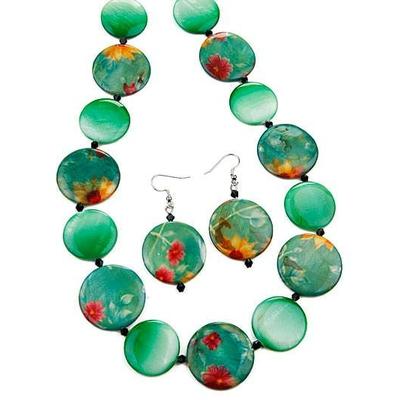 Collier perles plates verts + boucles d'oreilles assorties