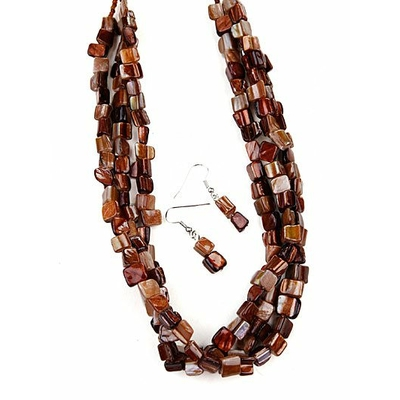 Collier marron 3 rangs avec boucles d'oreilles assorties