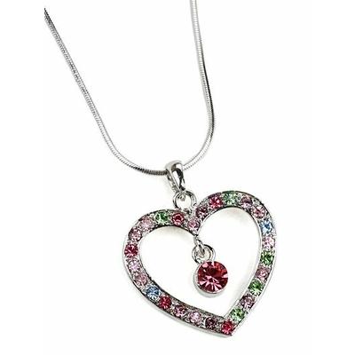 Collier avec un pendentif coeur multicolor