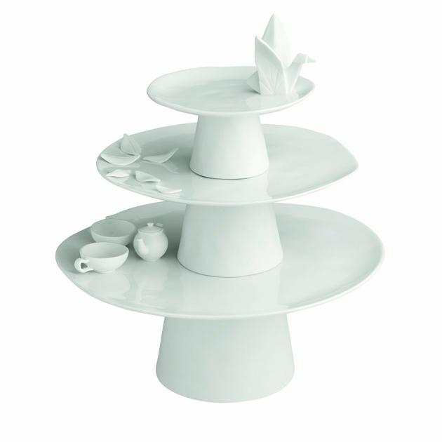 plateau g teaux sur pied oiseau art de la table plateau dessert lulu shop. Black Bedroom Furniture Sets. Home Design Ideas