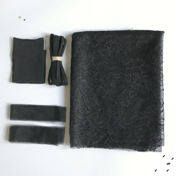 Kit couture complet slip pompom coloris noir
