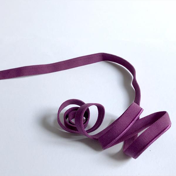 Passepoil élastique brillant prune