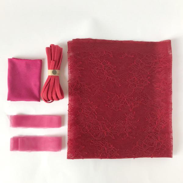 Kit couture complet slip pompom coloris rouge