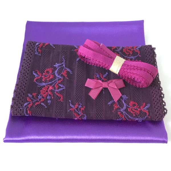 Kit lingerie à coudre violet et fuchsia satin