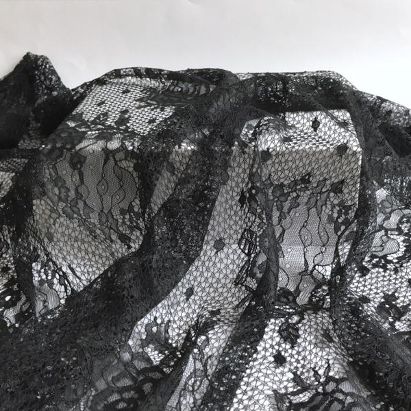 dentelle-grande-largeur-noir-01