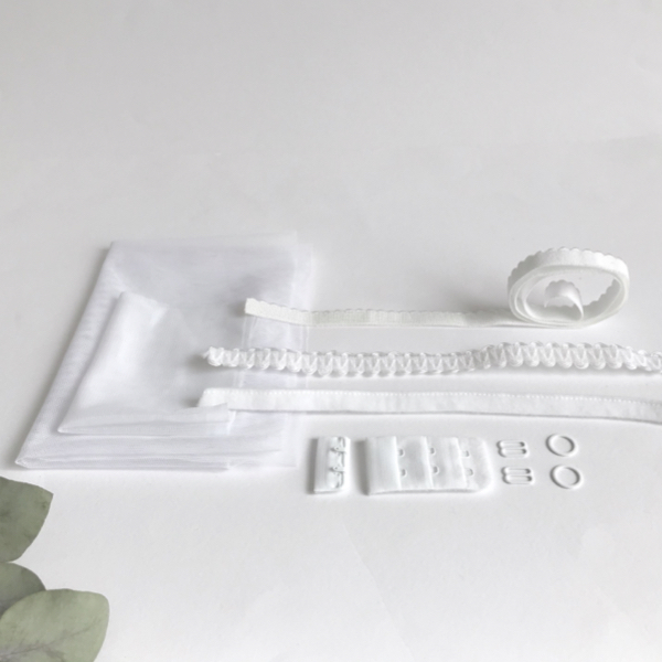 Kit lancement soutien-gorge fantaisie blanc