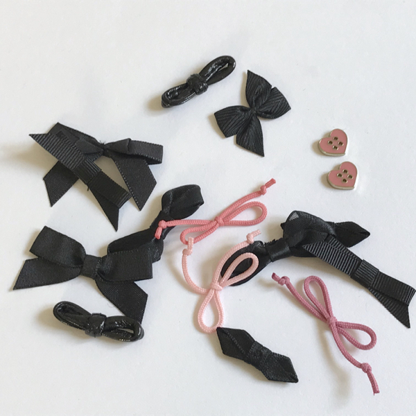Assortiment noeuds coloris noir et rose
