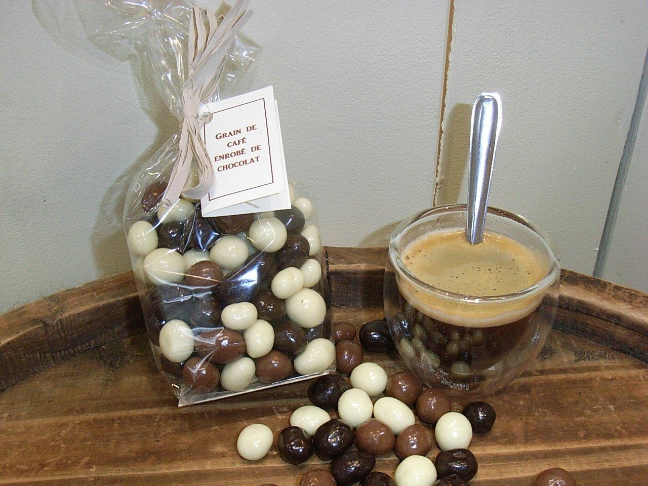 Grains de cafré enrobés de chocolat