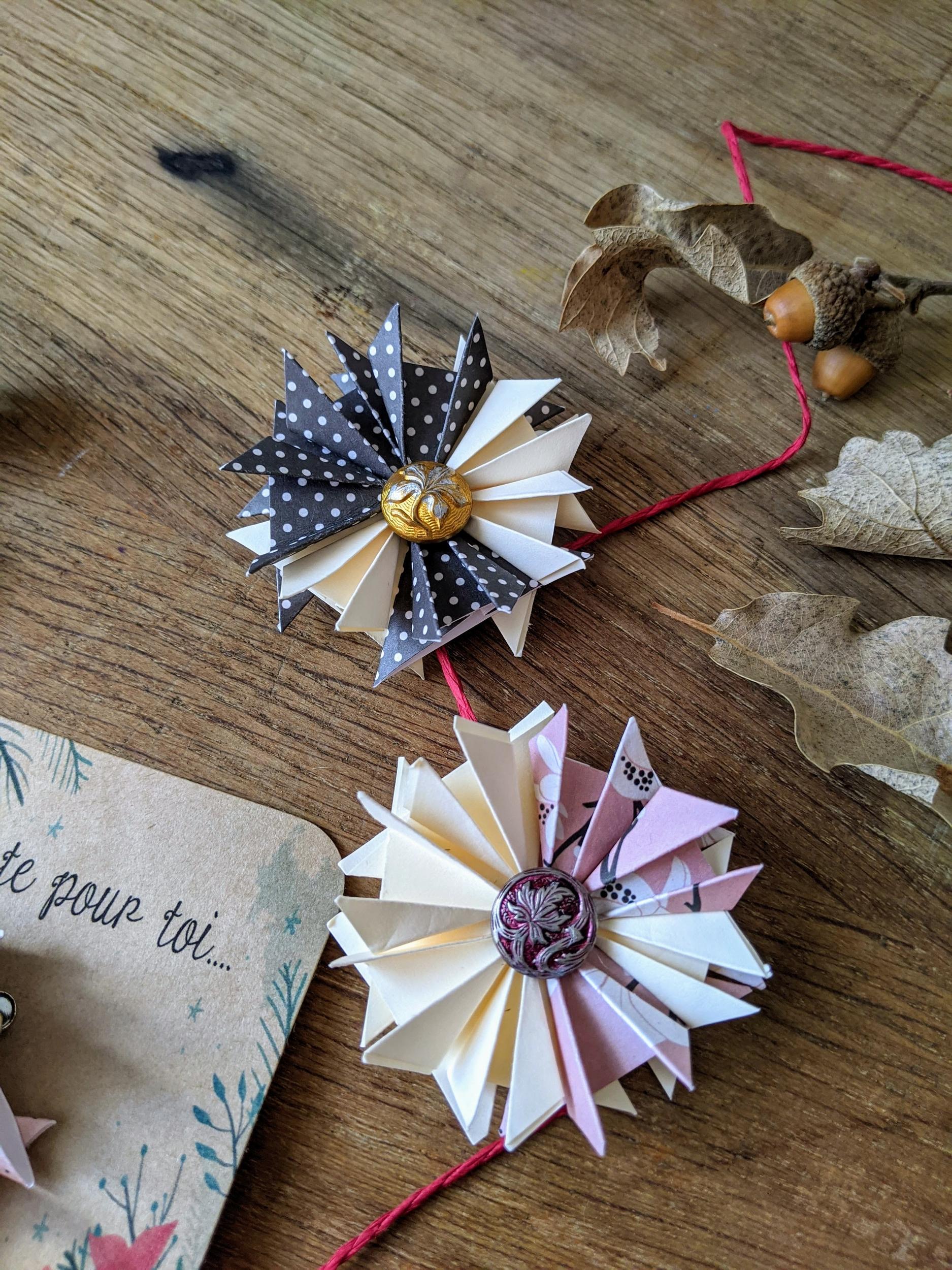 BROCHE, BARETTE ORIGAMI - Idée cadeau fêtes des mères