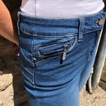 slim en jean taille mi haute push up
