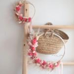 demi couronne de fleurs séchées rose - chipie choc création