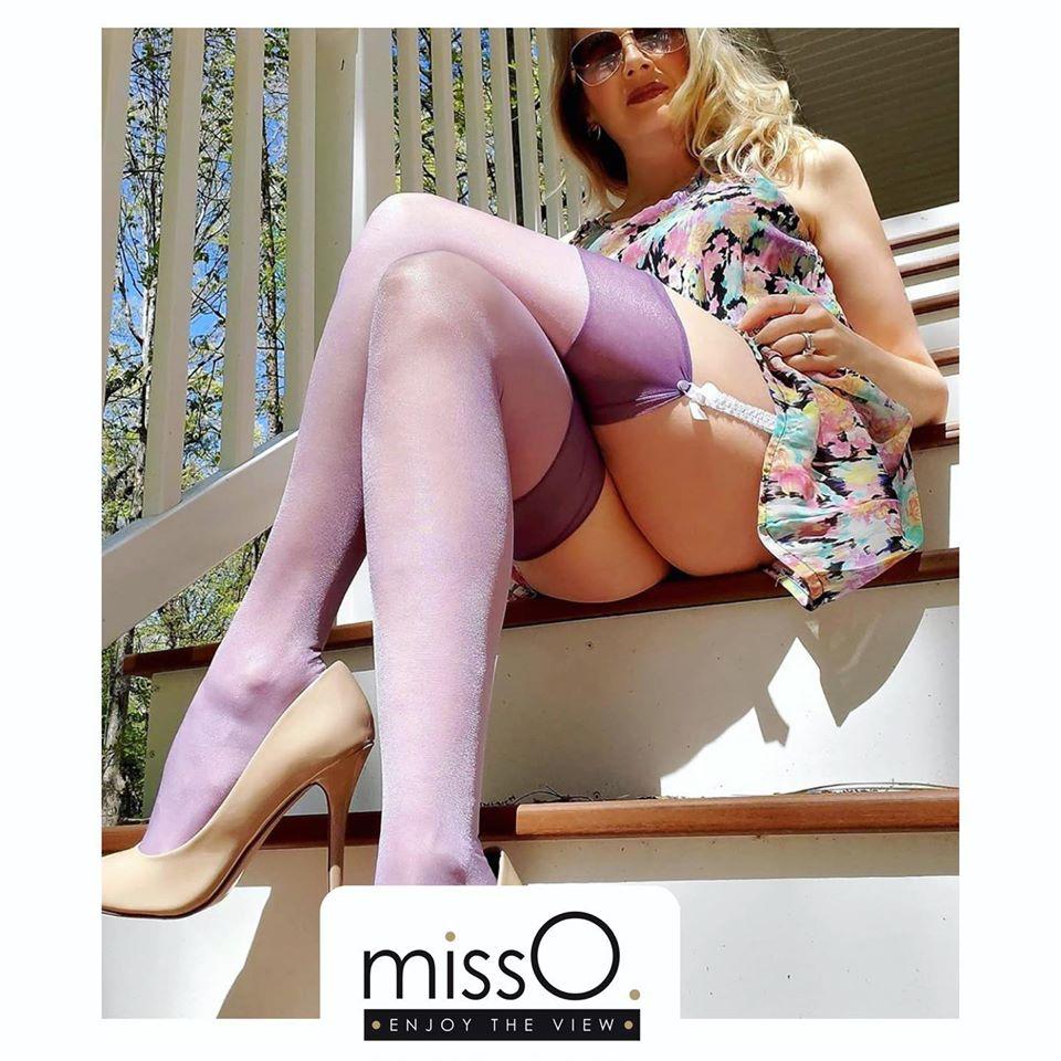 bas porte jarretelle 15 deniers violet misso lingerie