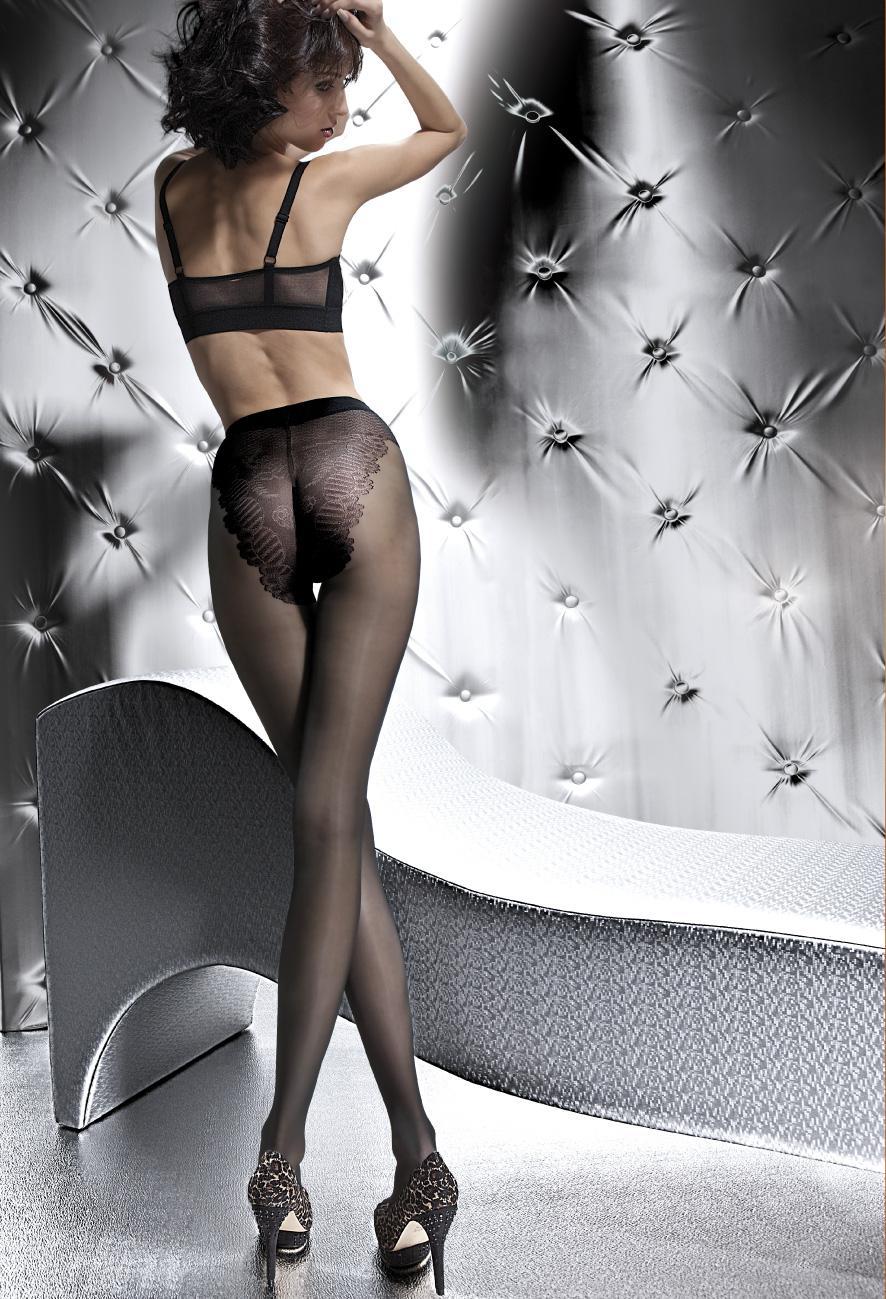 Sublime collant dont la beauté réside dans la finition de la culotte