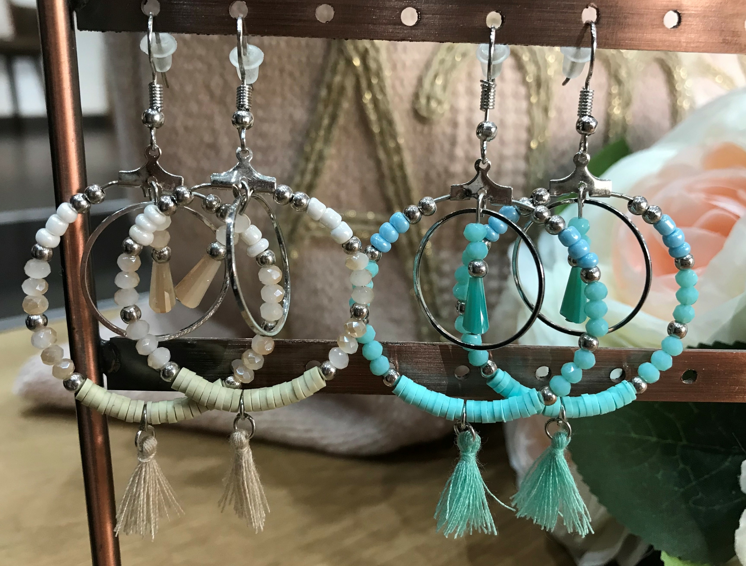 Boucle Cercle Beige ou Turquoise