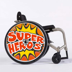 super_heros_flasque_fauteuil_roulant_01