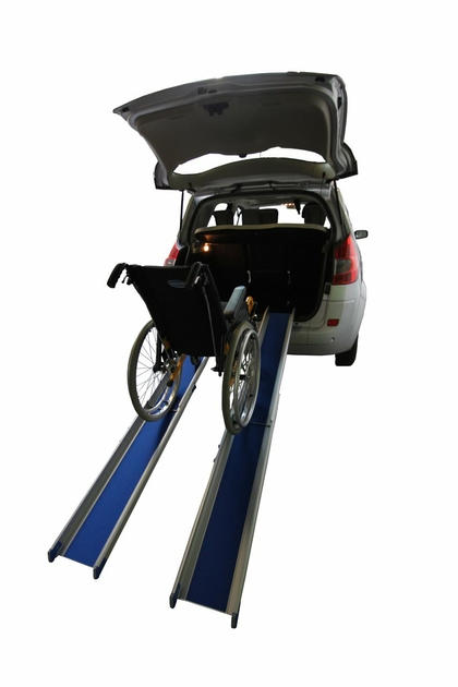 Rampe daccès pour personne handicapée, accès fauteuil roulant