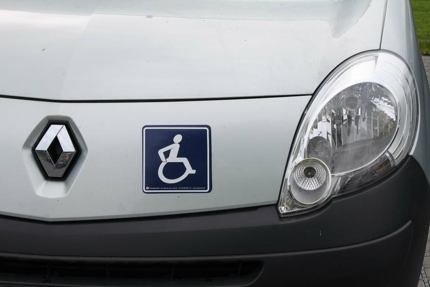 pack autocollants s curit handicap pour voiture personne handicap. Black Bedroom Furniture Sets. Home Design Ideas