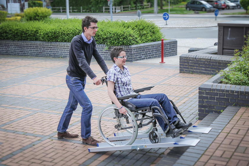res d acc 232 s l 233 g 232 res et pliables 1 5m pour fauteuil roulant