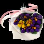 Mini bouquet violettes et primevères jaunes en dragées chocolat