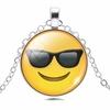 Collier pendentif métal smiley lunette de soleil