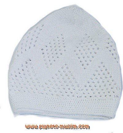 Chachia légère couleur blanche