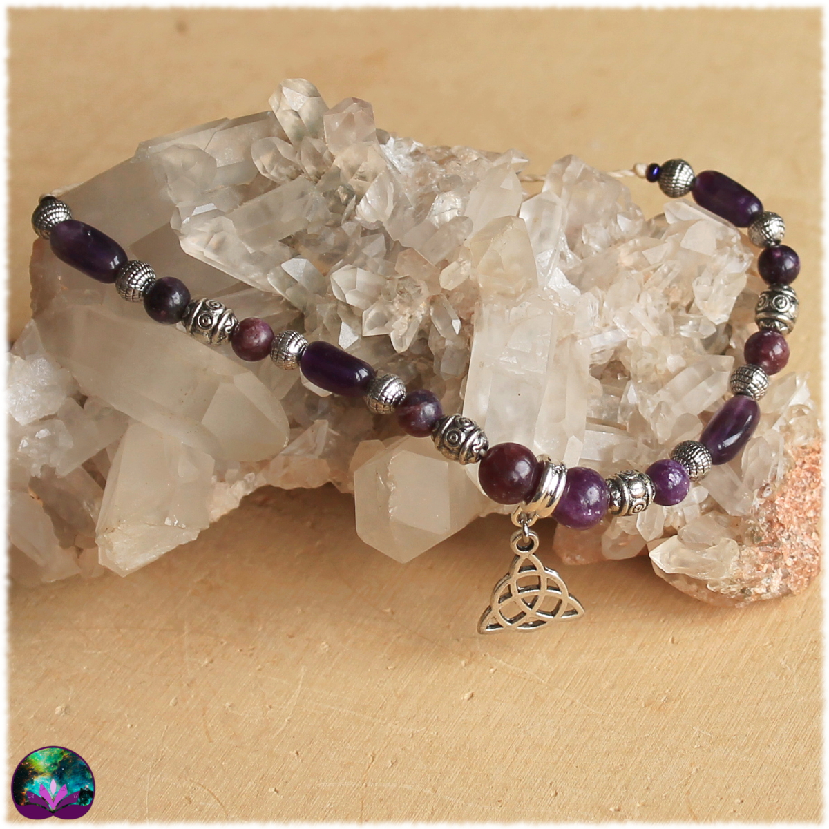 bracelet triquetra améthyste et lepidolite
