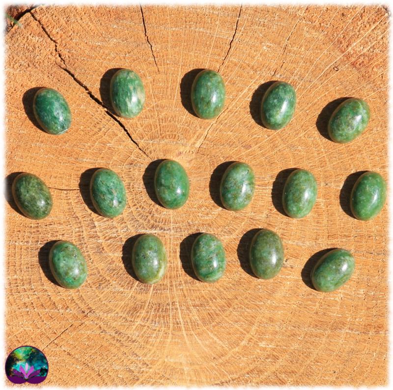 lot de 2 Cabochons ovales en jadéite