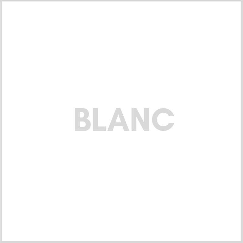 AGEN0182-blanc