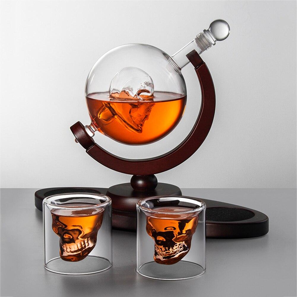 Ensemble-de-carafe-whisky-bouteille-de-vin-en-verre-et-ensemble-de-verre-verre-whisky-carafe